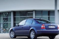 Volkswagen Passat Sedans 2000 - 2005 foto 2