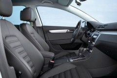 Volkswagen Passat Sedans 2010 - 2014 foto 5