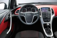 Opel Astra Hečbeks 2010 - 2012 foto 3