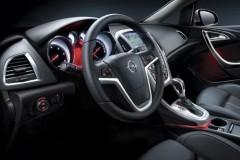 Opel Astra Hečbeks 2010 - 2012 foto 6