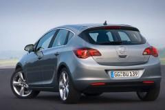 Opel Astra Hečbeks 2010 - 2012 foto 5