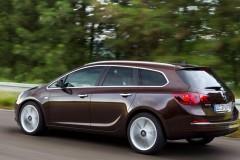 Opel Astra Sports Tourer Universāls 2012 - foto 2